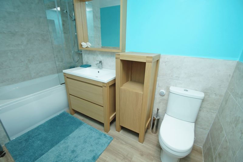 4 bed house for sale in Holmes Drive  - Property Image 11