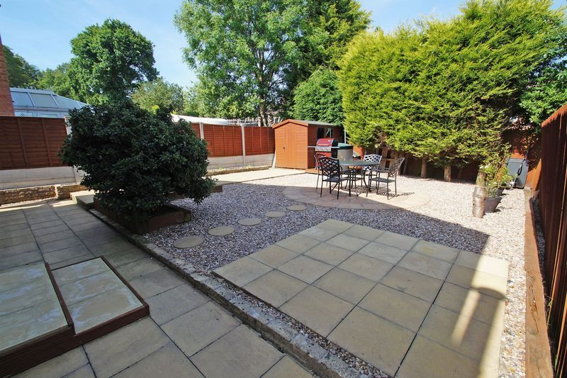 4 bed house for sale in Holmes Drive 17