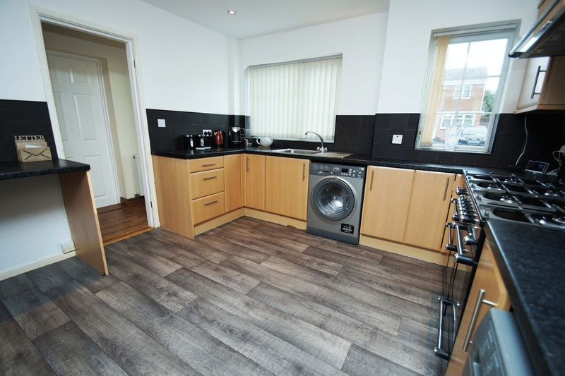 4 bed house for sale in Holmes Drive 7