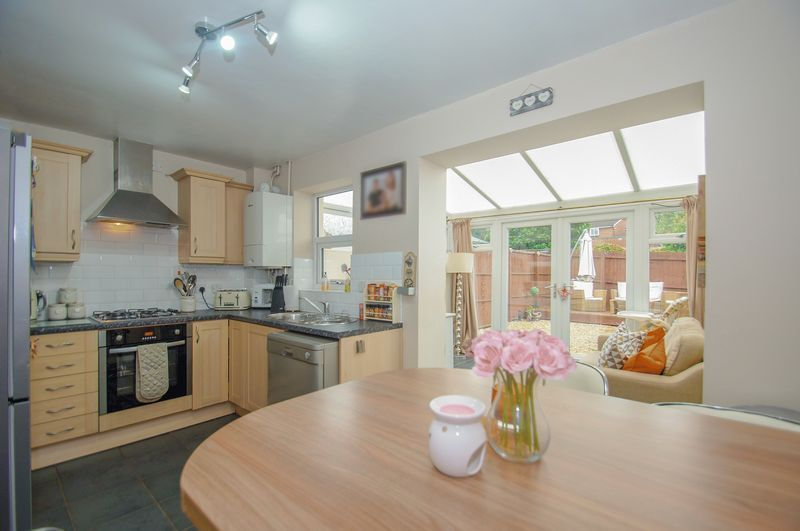 2 bed house for sale in Perryfields Close 2
