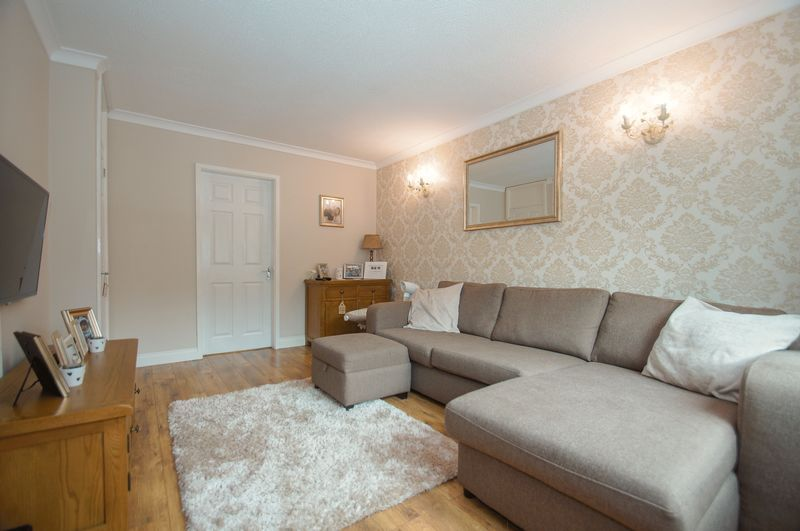 2 bed house for sale in Perryfields Close 3