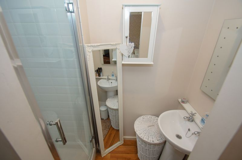 2 bed house for sale in Perryfields Close  - Property Image 10