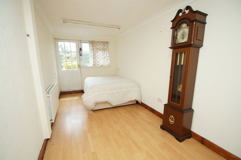 2 bed bungalow for sale in Millfield Road 10