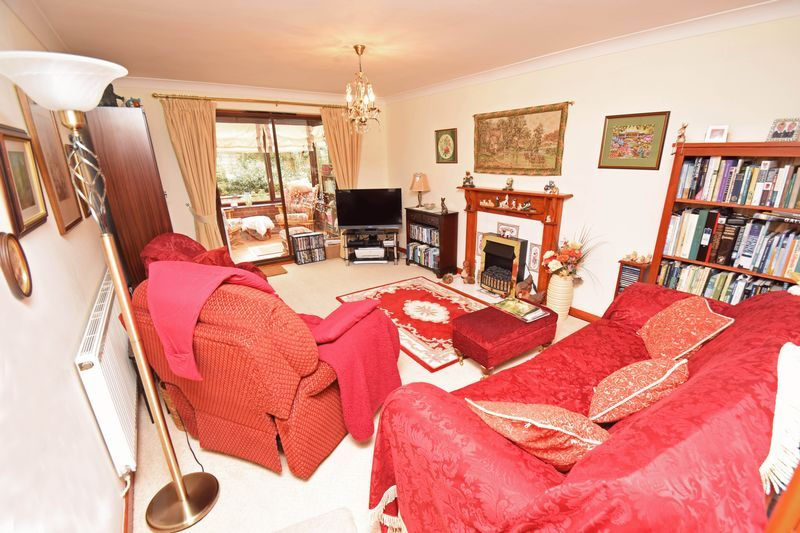 2 bed bungalow for sale in The Brambles  - Property Image 3
