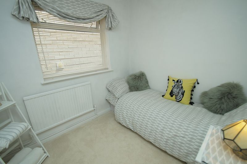 3 bed bungalow for sale in Love Lane  - Property Image 15