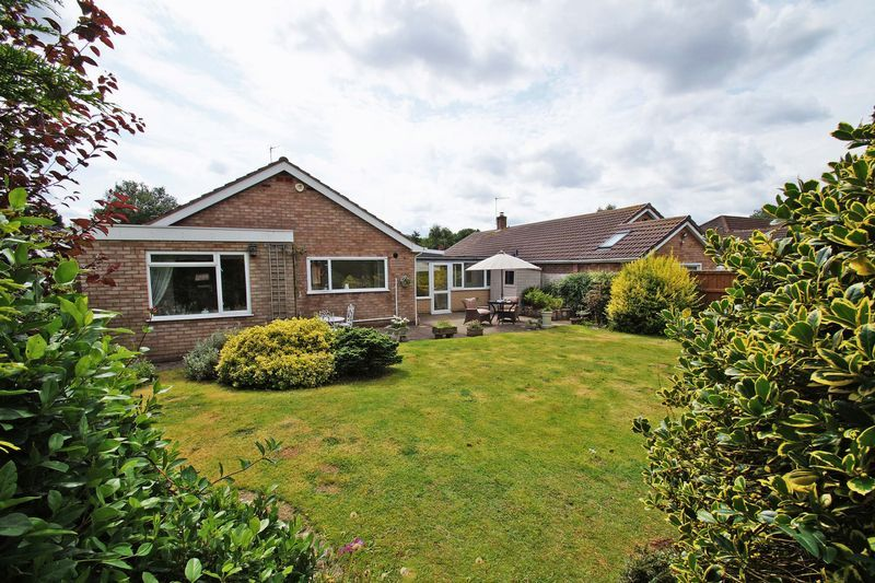 3 bed bungalow for sale in Love Lane  - Property Image 20