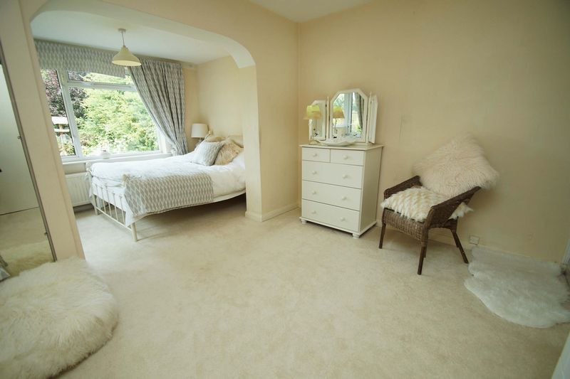 3 bed bungalow for sale in Love Lane  - Property Image 10