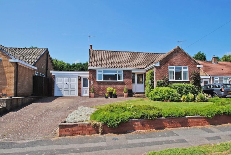 2 bed bungalow for sale in Tennyson Road 1