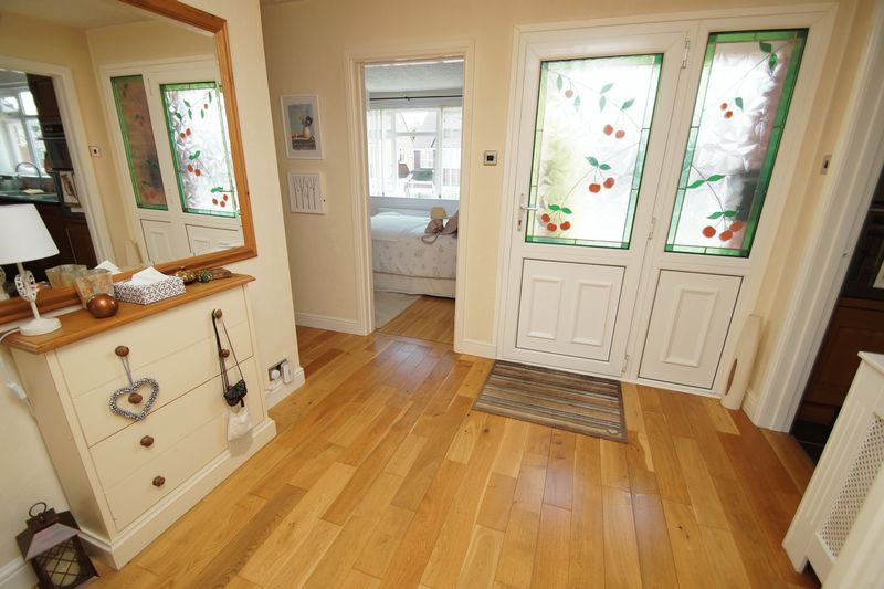 2 bed bungalow for sale in Tennyson Road 12