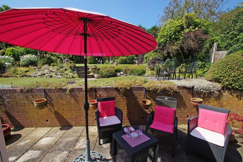 2 bed bungalow for sale in Tennyson Road 16