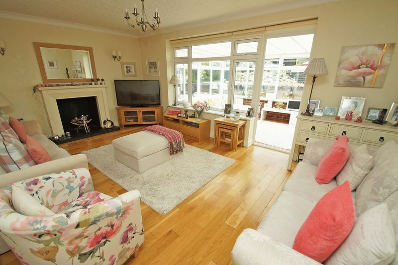 2 bed bungalow for sale in Tennyson Road 4