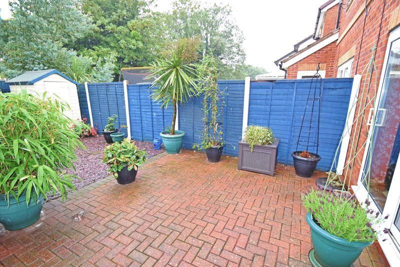 2 bed house for sale in Kinver Street 9
