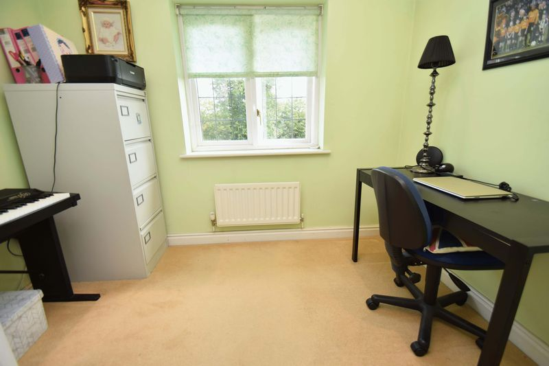 5 bed house for sale in Feckenham Road  - Property Image 14