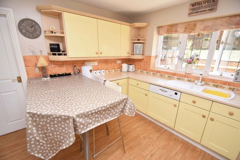 5 bed house for sale in Feckenham Road  - Property Image 18