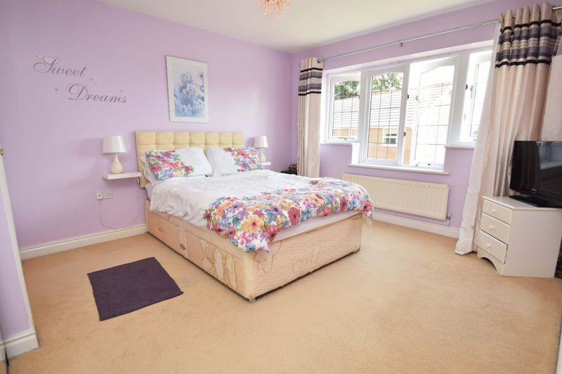 5 bed house for sale in Feckenham Road 6