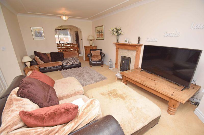 5 bed house for sale in Feckenham Road  - Property Image 8