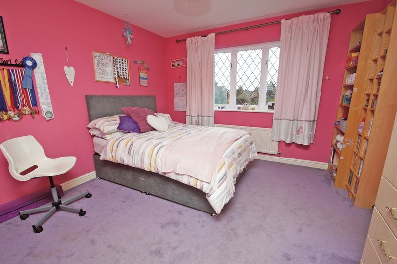 4 bed house for sale in Stuarts Green 16