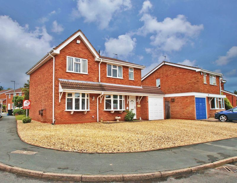 5 bed house for sale in Barbrook Drive - Property Image 1