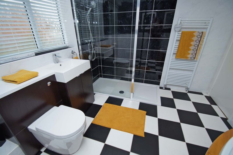 5 bed house for sale in Barbrook Drive  - Property Image 16