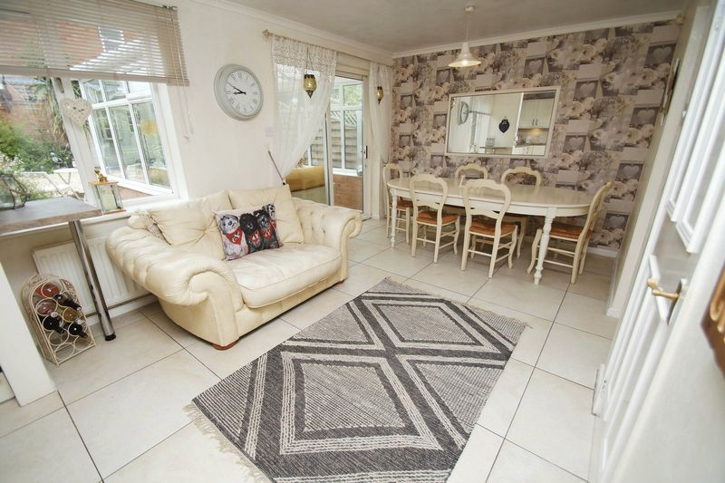 5 bed house for sale in Barbrook Drive 5