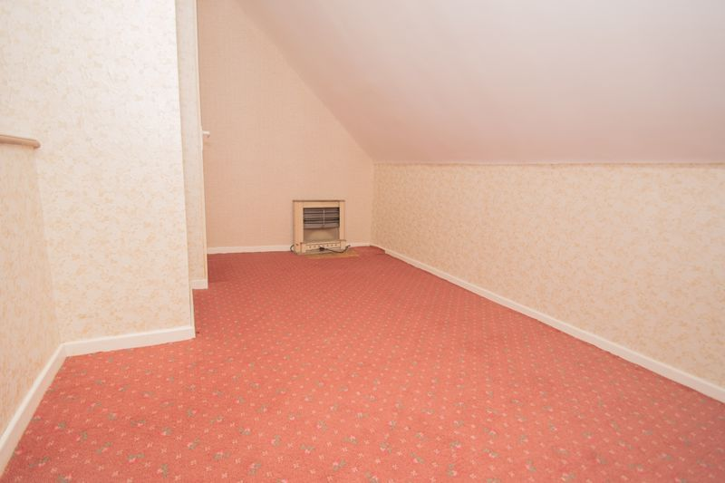 3 bed bungalow for sale in Lychgate Avenue 12
