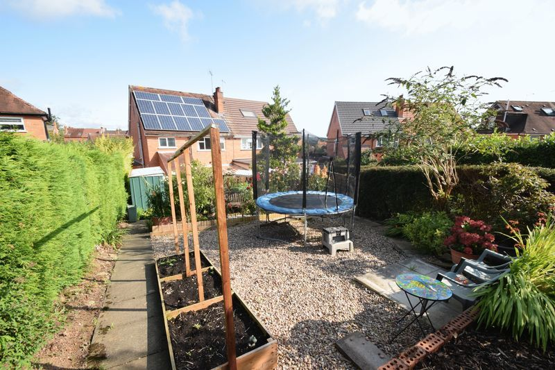 3 bed house for sale in Vicarage Crescent  - Property Image 14