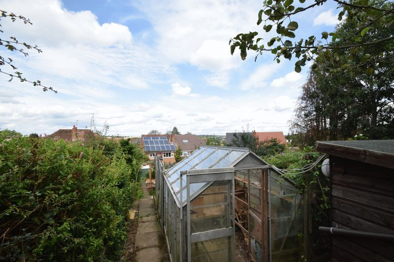 3 bed house for sale in Vicarage Crescent  - Property Image 15