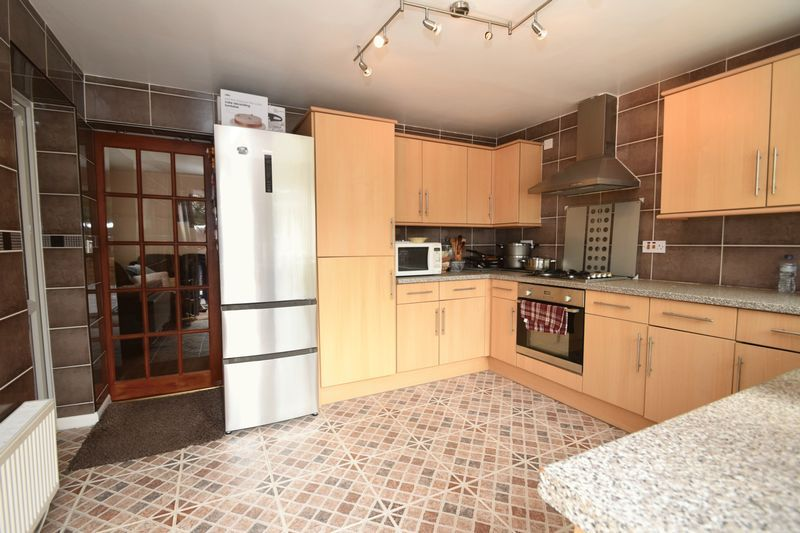 3 bed house for sale in Cemetery Road 3