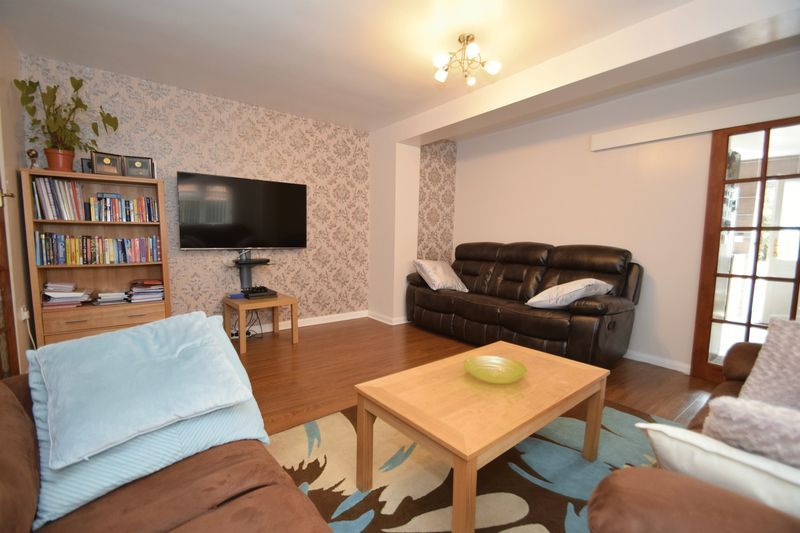 3 bed house for sale in Cemetery Road 5