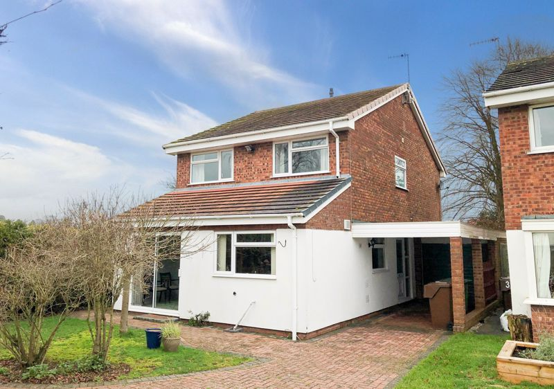 4 bed house for sale in Upland Grove  - Property Image 1