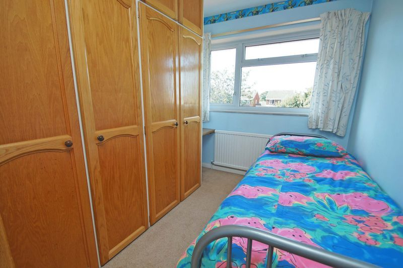 4 bed house for sale in Upland Grove 11
