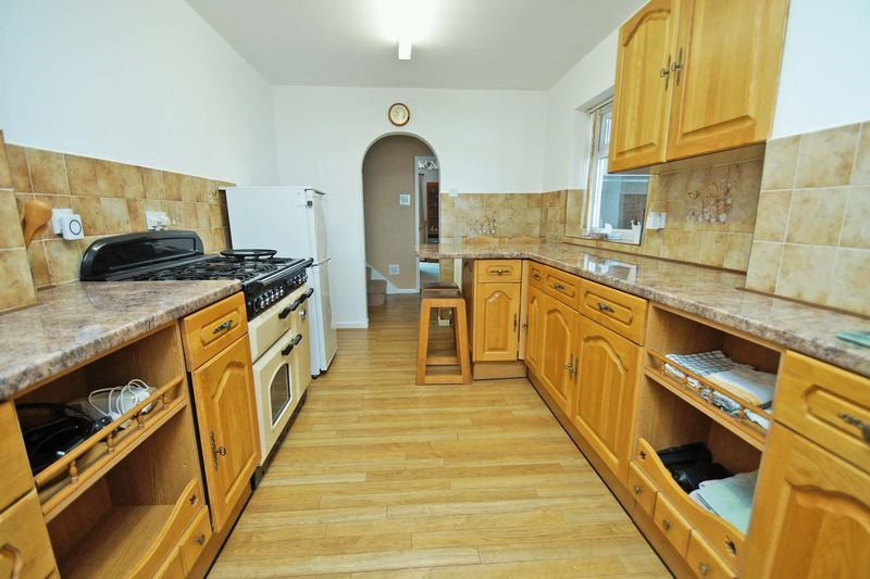 4 bed house for sale in Upland Grove 6