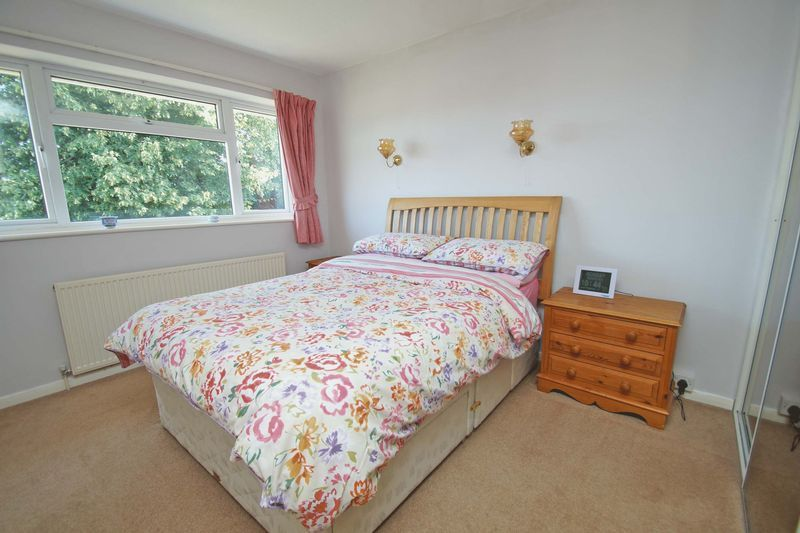 4 bed house for sale in Upland Grove 8