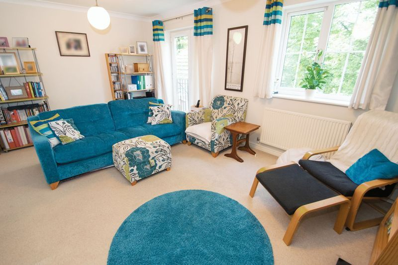 4 bed house for sale in Mallow Drive 2