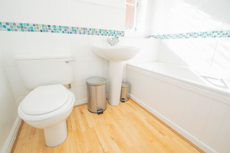 4 bed house for sale in Mallow Drive 12