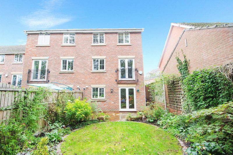 4 bed house for sale in Mallow Drive  - Property Image 14