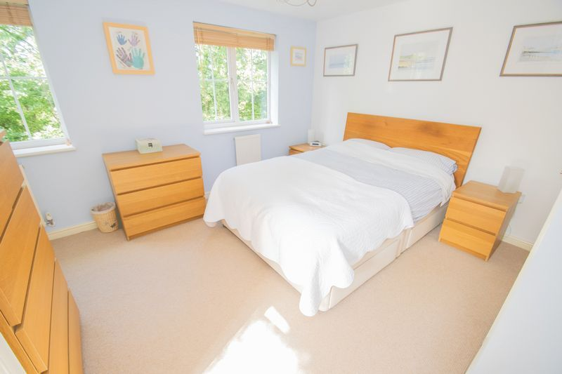 4 bed house for sale in Mallow Drive 8