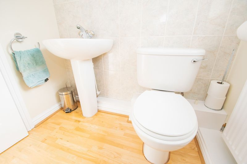4 bed house for sale in Mallow Drive 9