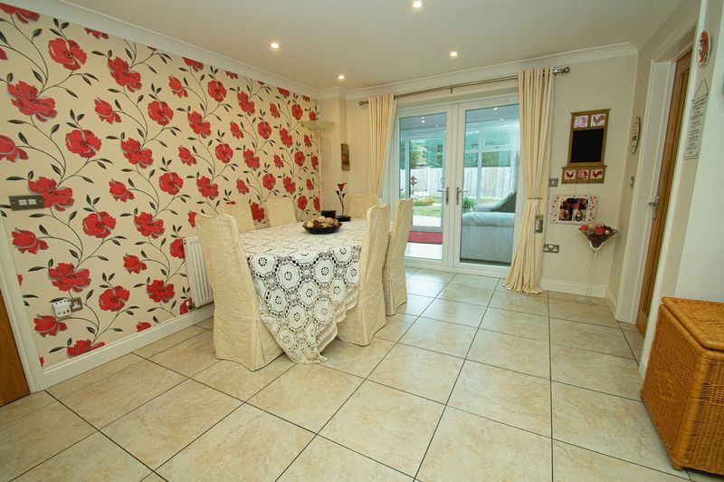 4 bed house for sale in Hither Green Lane  - Property Image 9