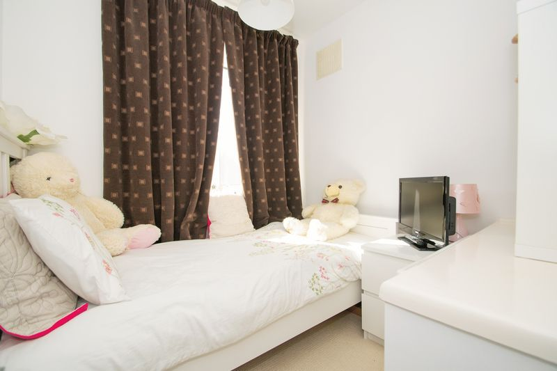 3 bed house for sale in Stamford Road  - Property Image 11