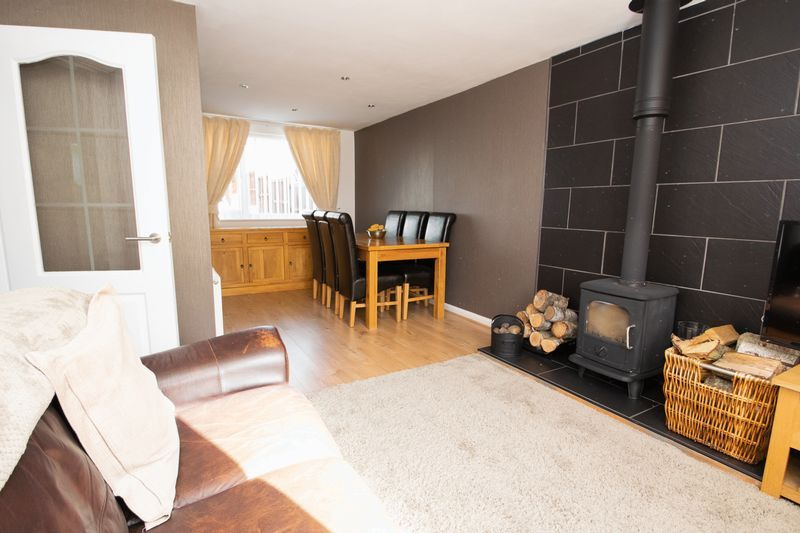 3 bed house for sale in Stamford Road 4