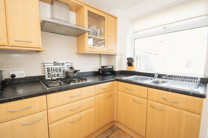 3 bed house for sale in Stamford Road  - Property Image 6