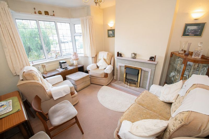 3 bed house for sale in Shenstone Avenue 3