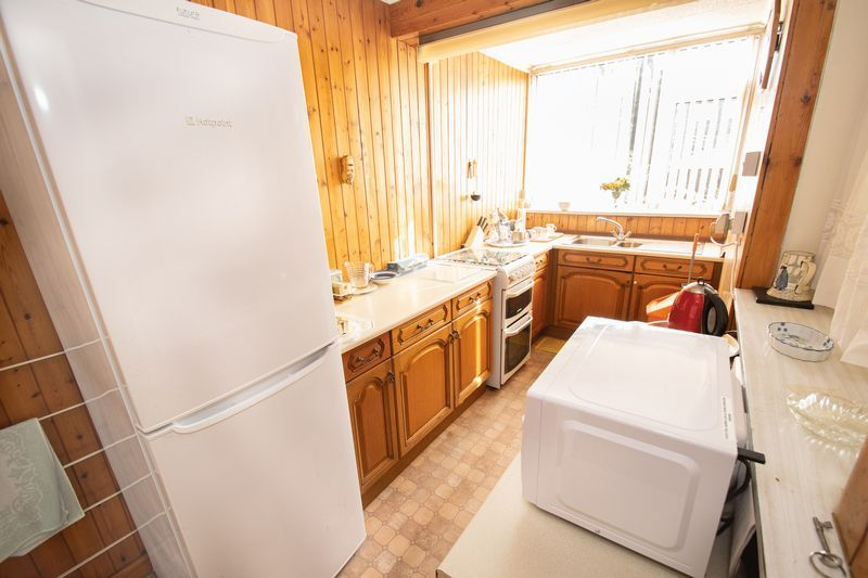 3 bed house for sale in Shenstone Avenue  - Property Image 6