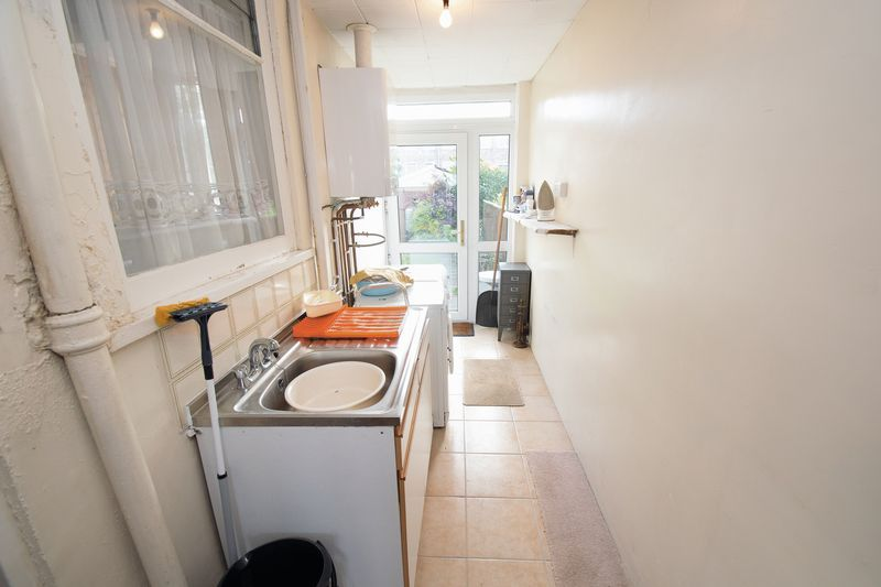 3 bed house for sale in Shenstone Avenue  - Property Image 8