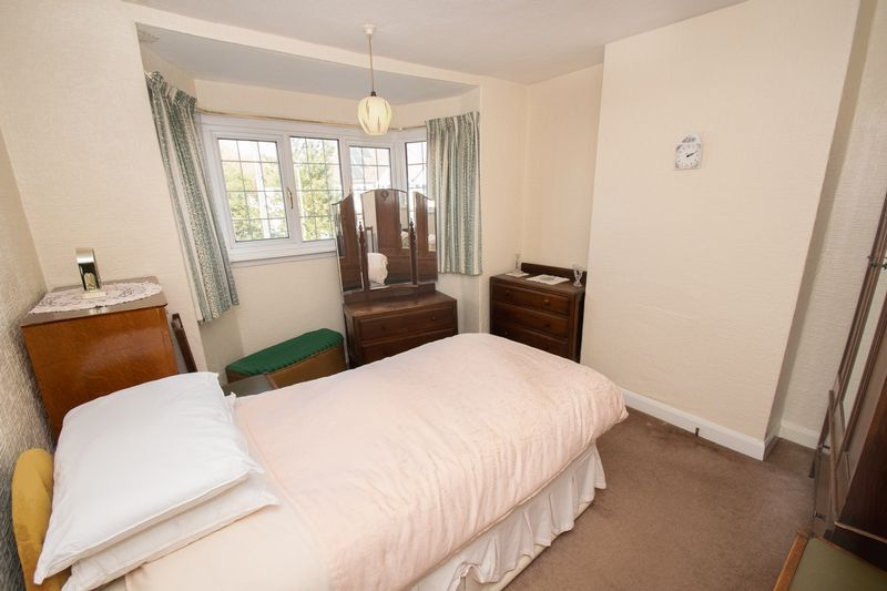 3 bed house for sale in Shenstone Avenue 9
