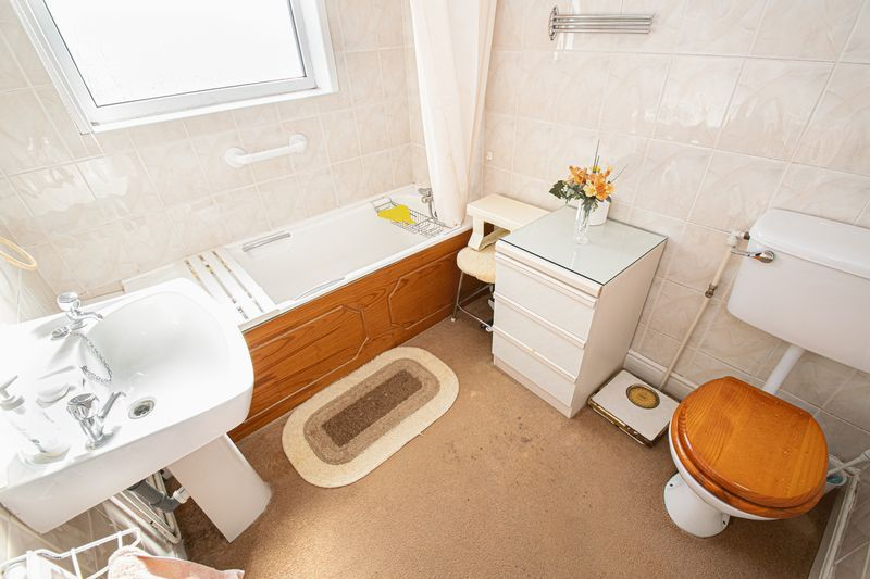 3 bed house for sale in Shenstone Avenue  - Property Image 10