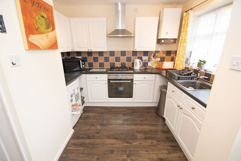 2 bed bungalow for sale in Apperley Way 2