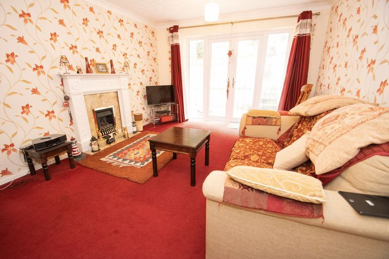 2 bed bungalow for sale in Apperley Way  - Property Image 3