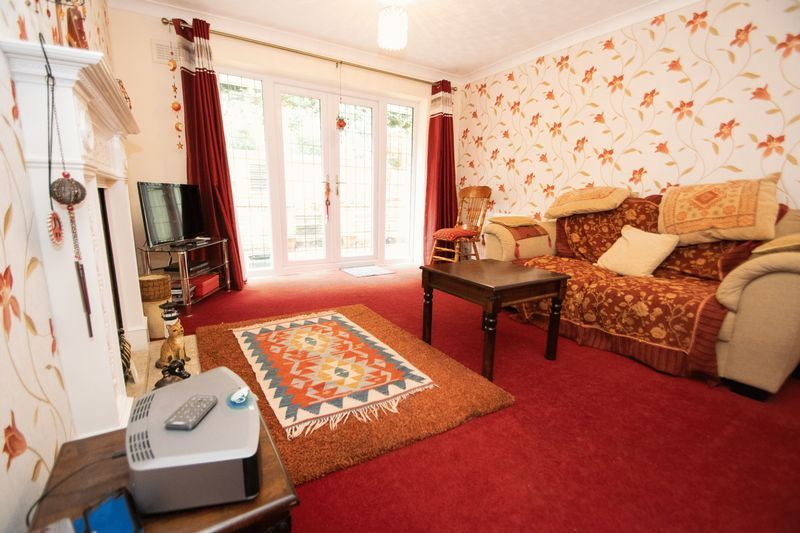 2 bed bungalow for sale in Apperley Way  - Property Image 4
